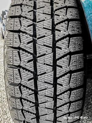 Bridgestone Blizzak winter tires - tread pattern.